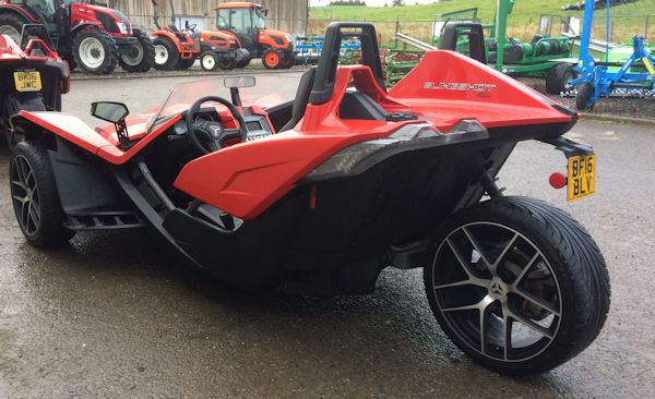 polaris slingshot sl 3 wheel roadster for sale 24 mclaren tractors. Black Bedroom Furniture Sets. Home Design Ideas