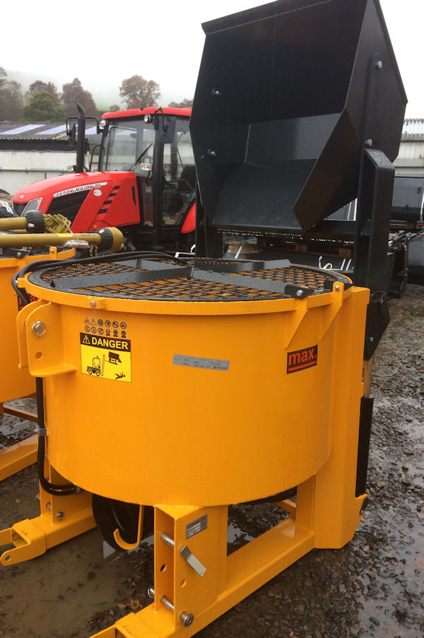 Used Tractors For Sale >> Self Loading Pan Mixer 600 litres PTO driven for sale ...