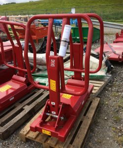Foster Soft Hands R5 silage bale vertical stacker with euro fittings for sale