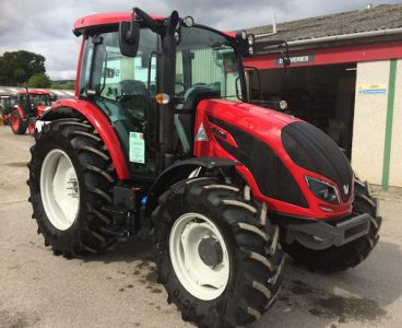 Valtra A84 90hp deluxe tractor for sale – SOLD