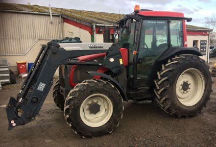 Valtra A93H 101hp tractor for sale