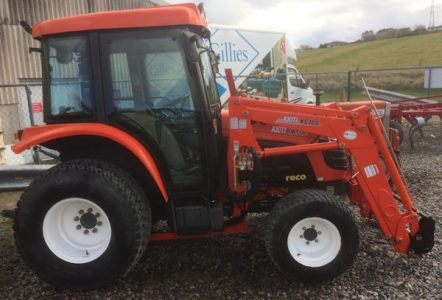 Kioti DK551C 55hp 4wd tractor with loader for sale