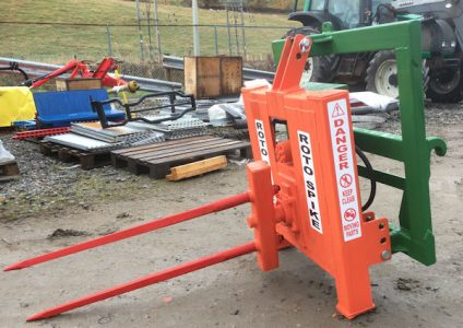 Glendale Rotospike front mounted bale feeder unroller for sale