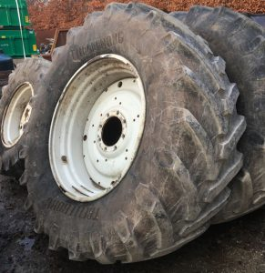 Valtra wheels & tyres 650/65R38 & 540/65R28 8 stud for sale