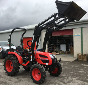 Branson 2500HL 25hp HST 4wd tractor with loader for sale