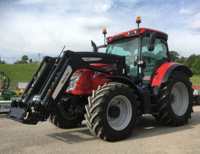 McCormick X7.460 170hp P6-drive tractor with Quicke Q5M loader for sale